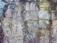 Bayon-Soldiers-and-Elephants-at-War